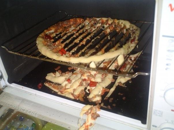 Gyorsfagyasztott pizza jól átolvadva